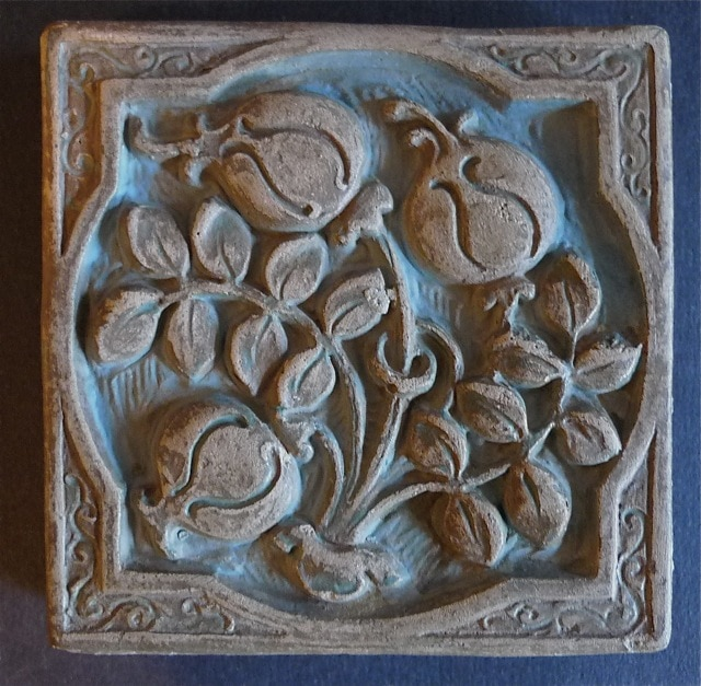 Batchelder Pomegranate tile