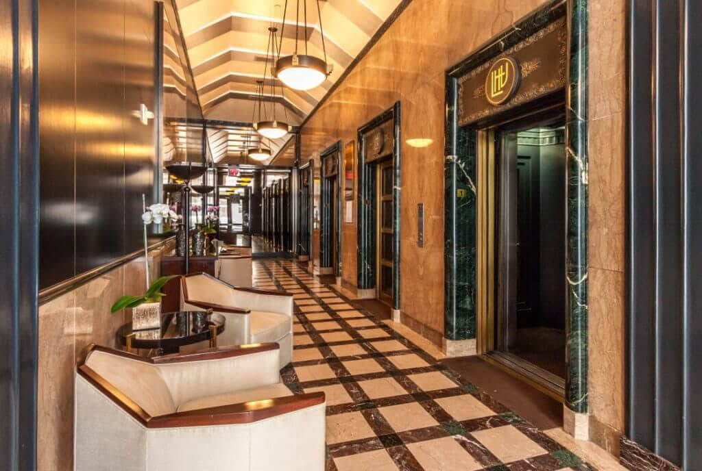6253-hollywood-lobby