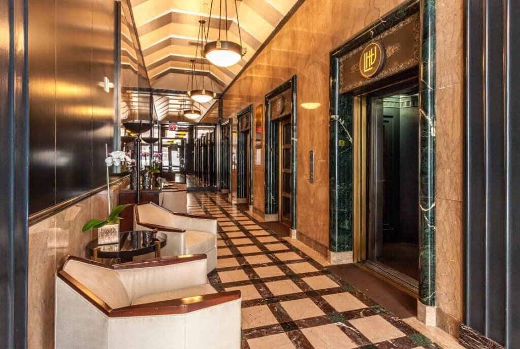 6253-hollywood-lobby