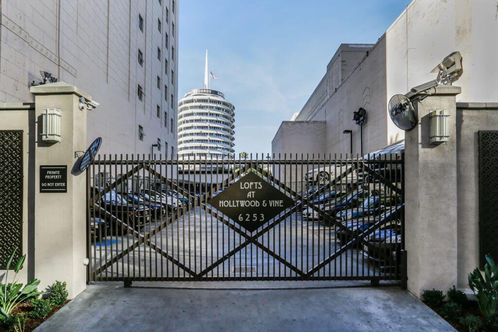 parking-lot-6253-hollywood-blvd