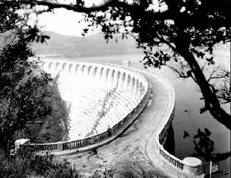 Lake Hollywood Dam 1926