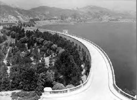 Lake Hollywood Dam 1933