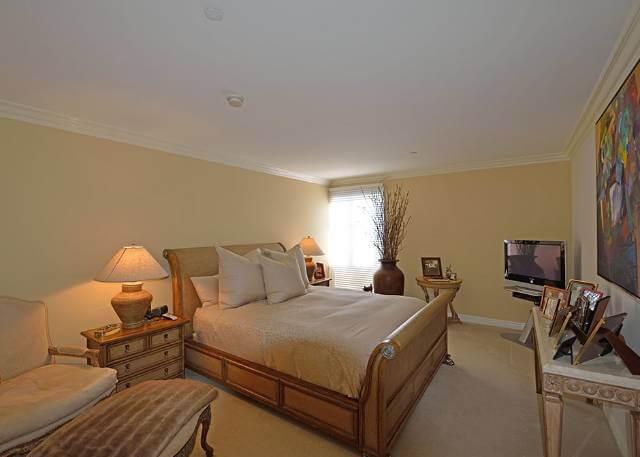 Master bedroom 430 oakhurst