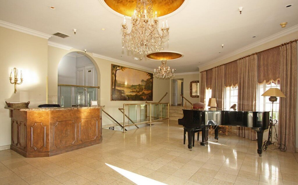 granville lobby