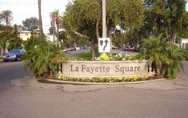 La Fayette square st charles