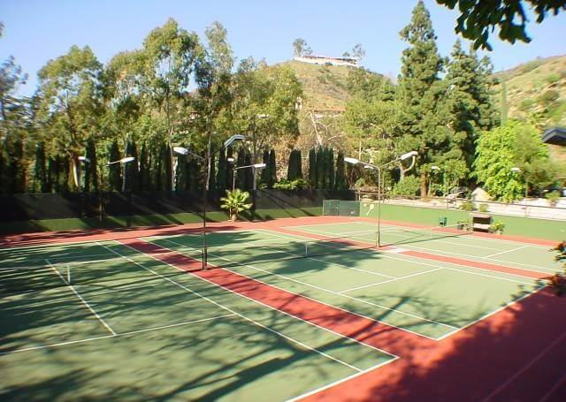 Cahuenga Tennis Club tennis court