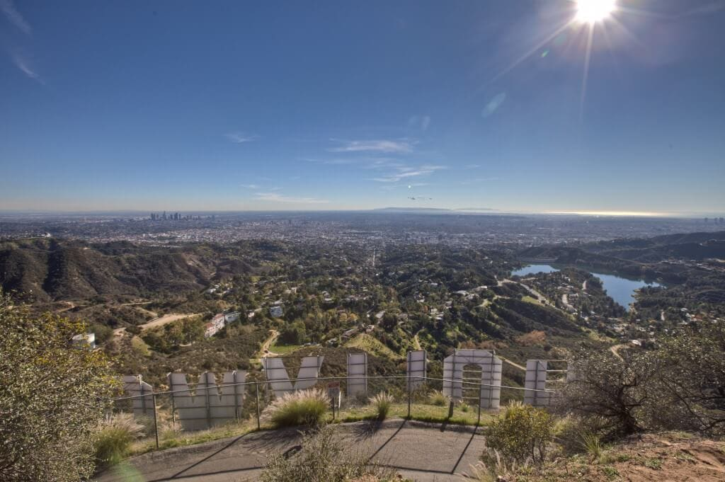 Los-Angeles-From-The-Hollywood-Sign-eecue_31862_frn6_l