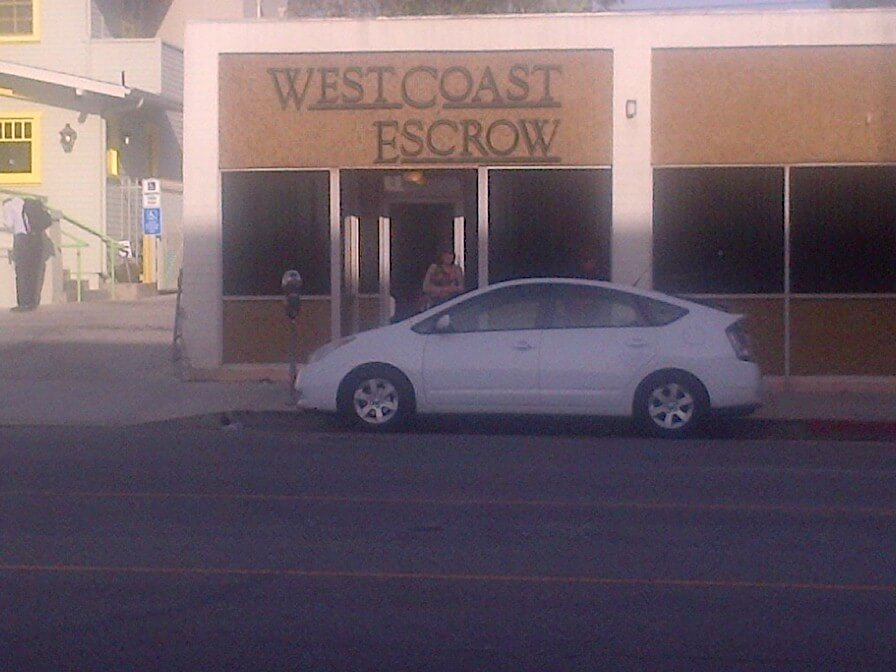 Escrow los Angeles storefront