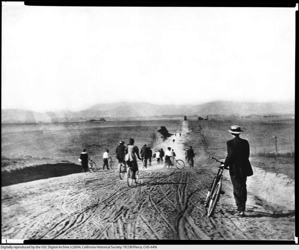 Los Angeles 1895 Western Ave looking north