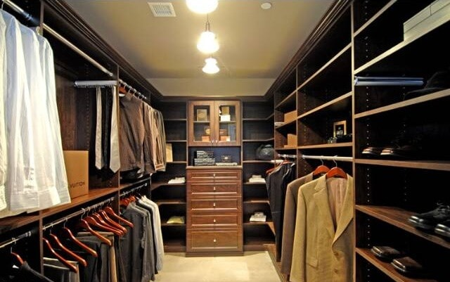 Walk in closet from 2br residence