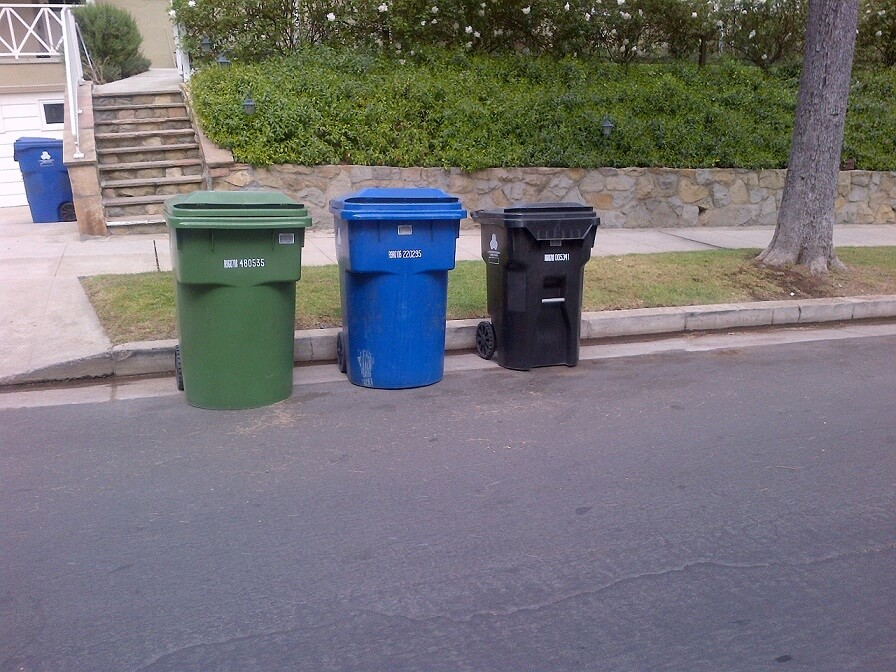 los angeles waste bins