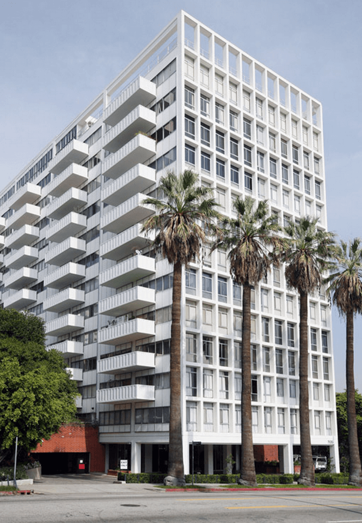 hollywood versaille for sale