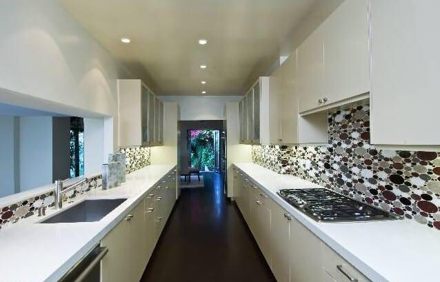 8850 Evanview Kitchen After