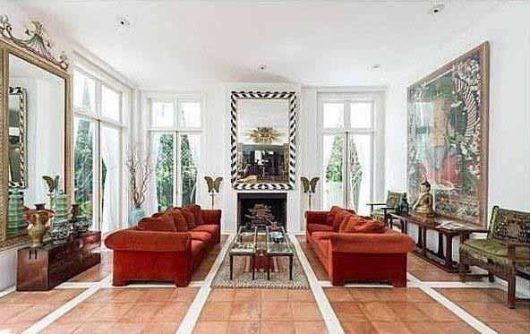 882 Doheny Living Room