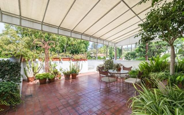West Hollywood Outdoor terrace
