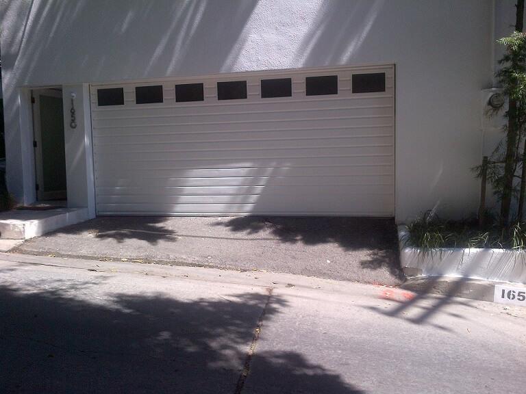 1650 Queens drive garage