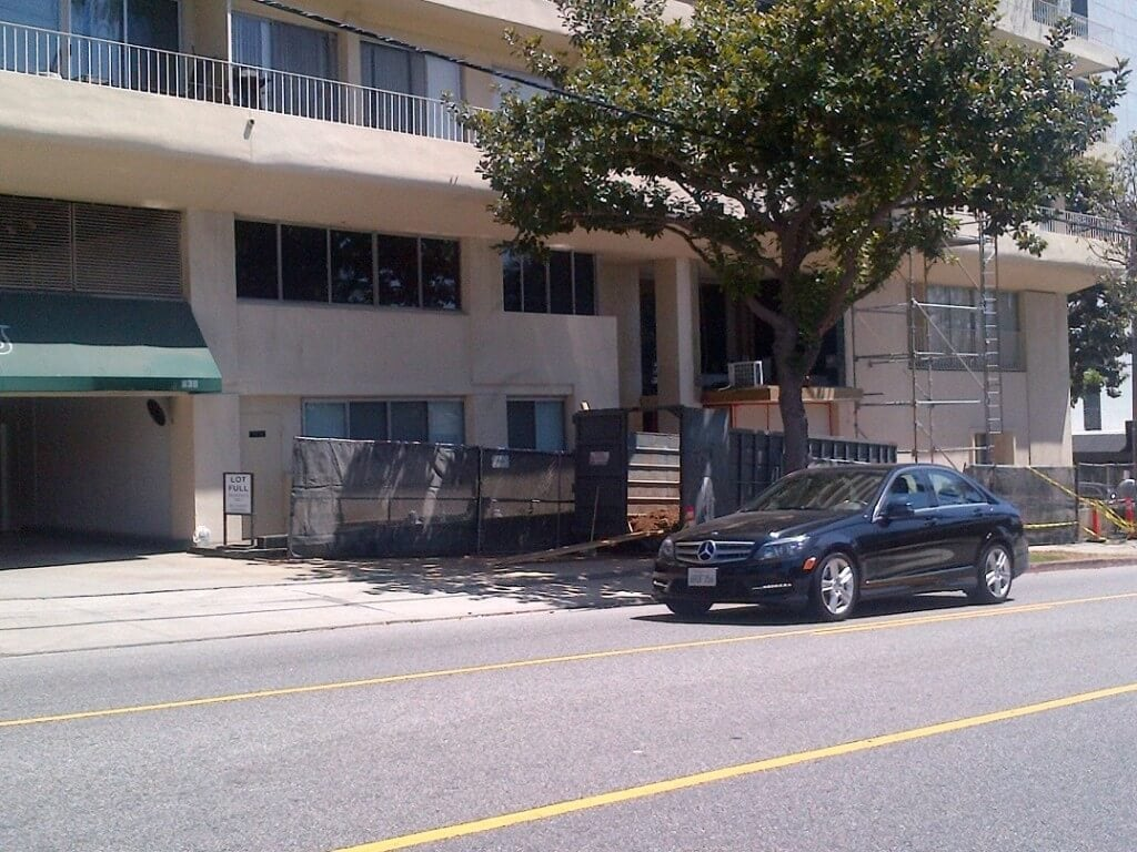 838 N Doheny under construction