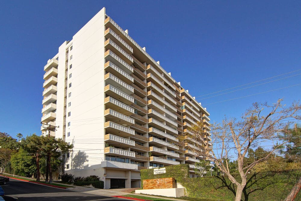 8787 Shoreham Towers, West HOllywood CA 90069