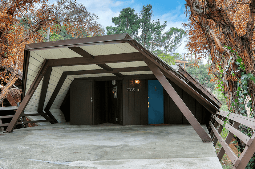 hollywood hills boathouse carport