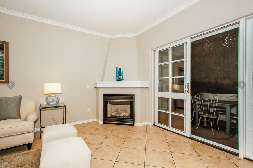 Desmond condos w hollywood fireplace