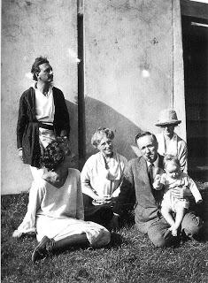 Rudolph Schindler at Schindler House