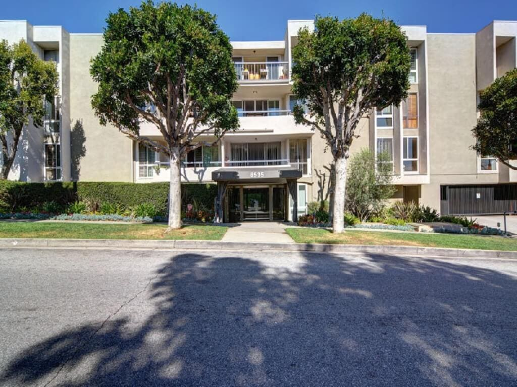 West Knoll West Hollywood condo