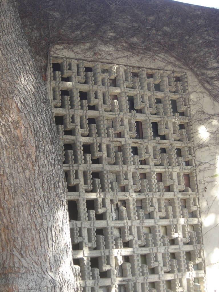 lloyd wright studio textile blocks