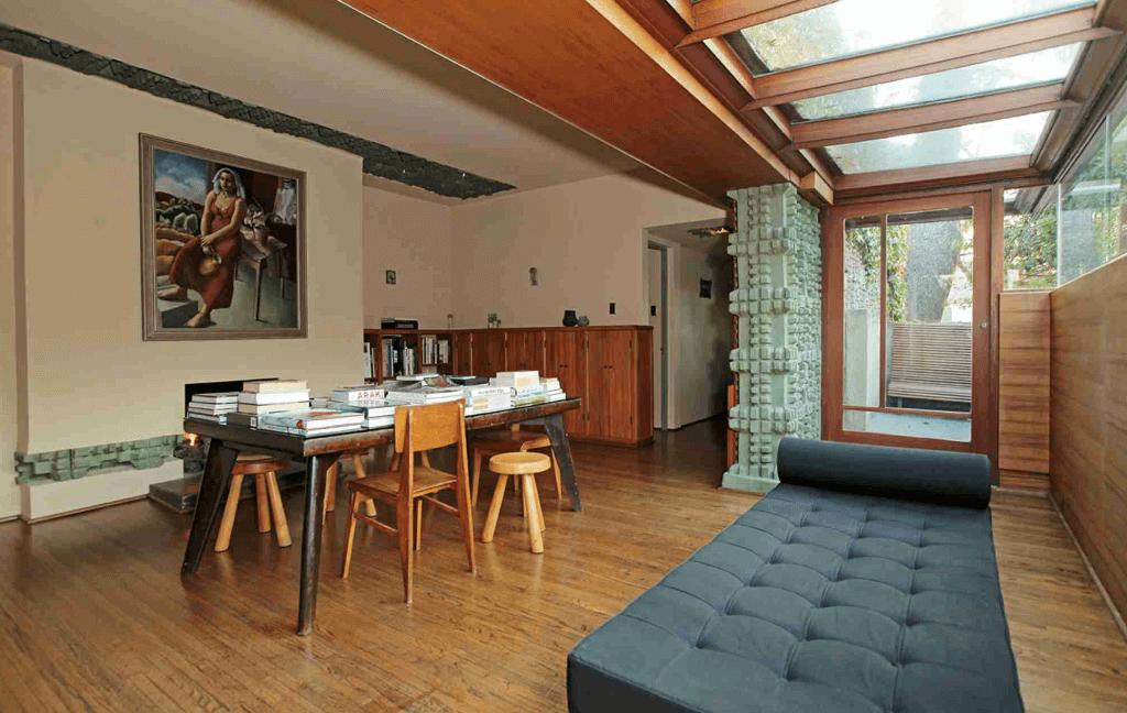 lloyd wright studio living room