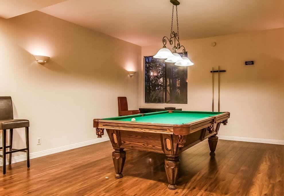 Pool Table Billard Room