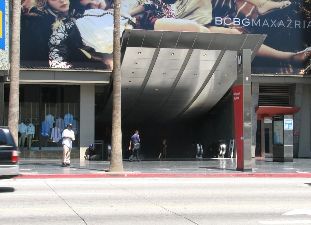 hollywood and Highland Redline station
