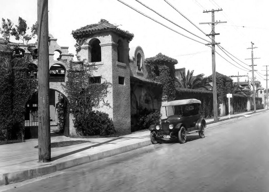 Selig Polyscope Studio 1910 (Mission Revival Architecture)