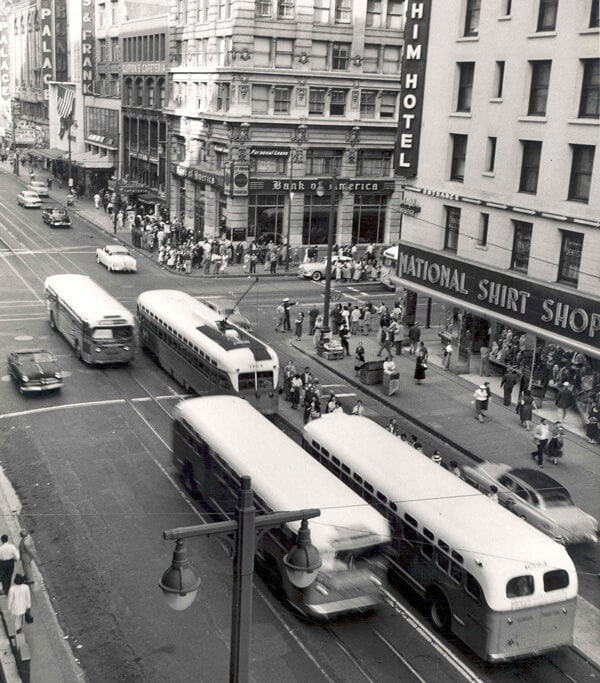 2928791207_f604a0eb47_b-1956-7th-and-broadway