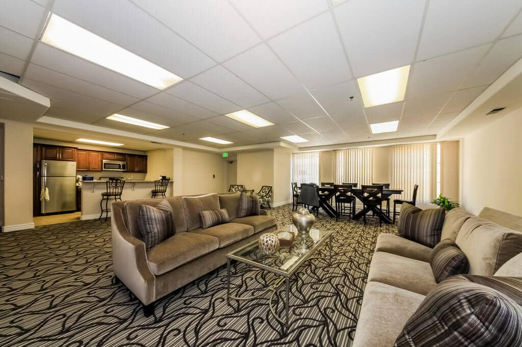 930-n-doheny-conference-room