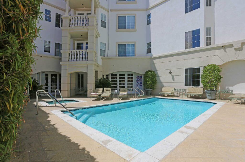 condo for sale in beverly hills pool