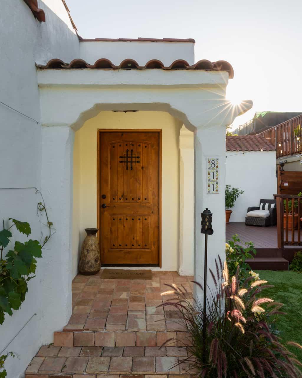 811 N Sweetzer Ave, Los Angeles CA 90069