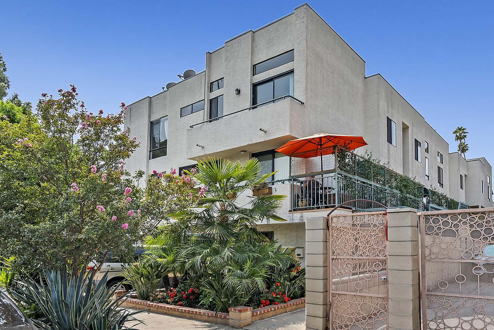 1605 Winona Blvd #205, Los Angeles CA 90027